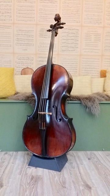 Neuner Hornsteiner 7-8 cello Scarlett Arts