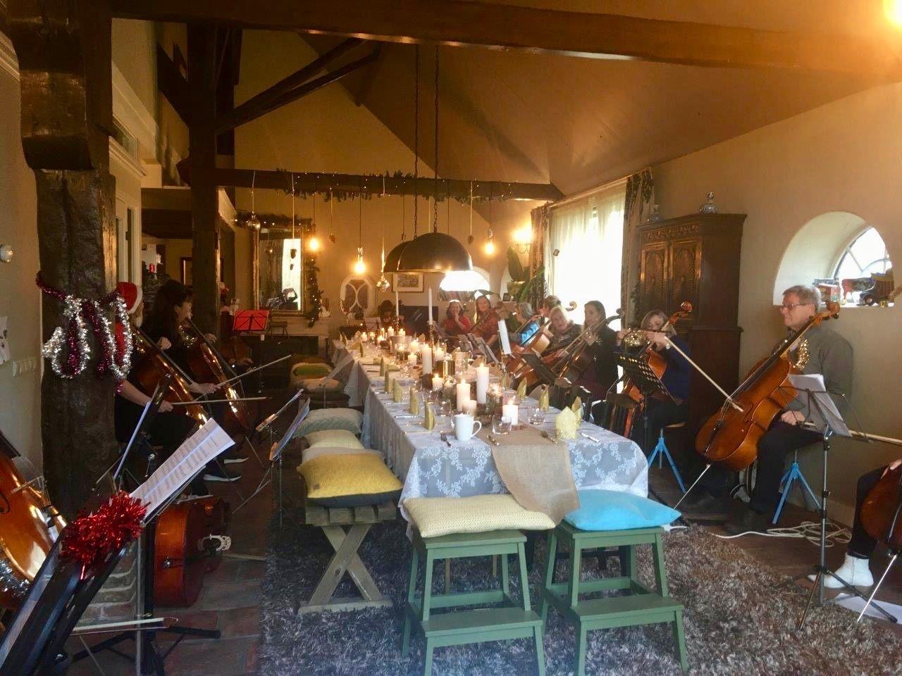 Cello kerstmis workshop 10.jpeg